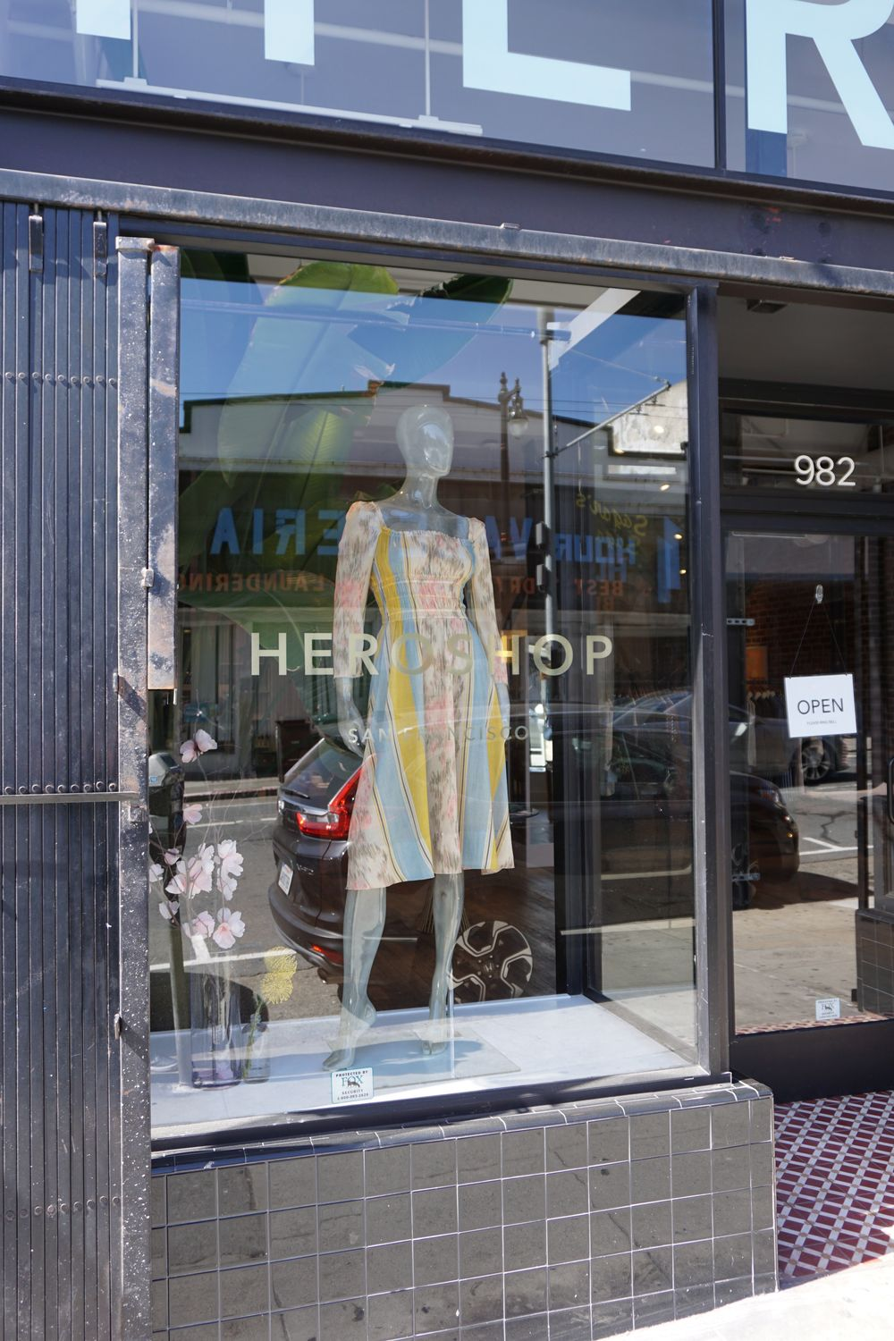 Dressing while Expecting: Hero Shop SF